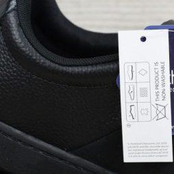 Wie kann man überprüfen, ob die Schuhe aus Leder sind